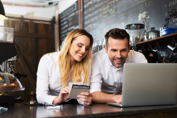 Ako si požičať peniaze na podnikanie